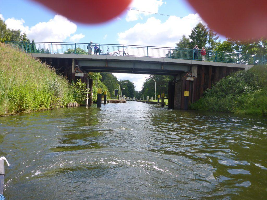 Brücke an der Müritz-Havel-Wasserstraße